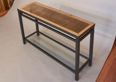 Kumiko Ranma Console Table with Glass Shelf