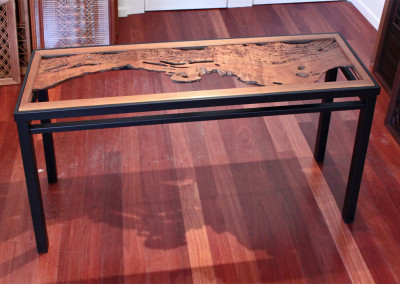 Worm Ranma Console Table